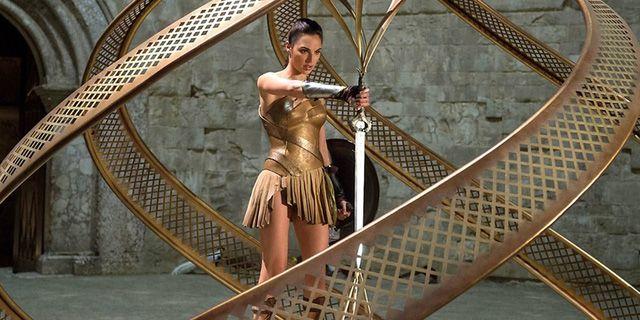 Những câu hỏi lớn chưa có lời giải sau khi xem Wonder Woman (4)