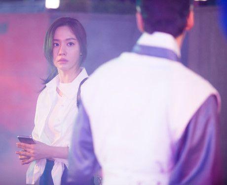 """Kim Ah Joong tái ngộ khán giả trong phim xuyên không """"Danh y Heo Im"""" (3)"""