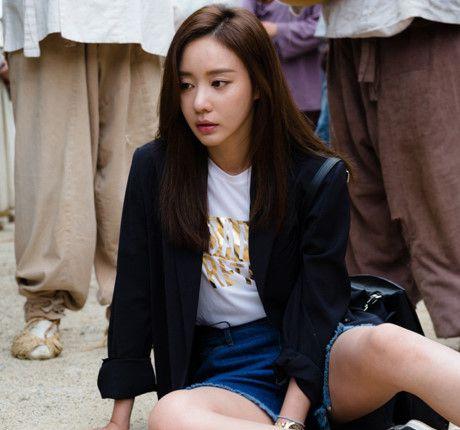 """Kim Ah Joong tái ngộ khán giả trong phim xuyên không """"Danh y Heo Im"""" (5)"""