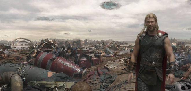 """Cùng các thánh soi nhặt sạn trong bom tấn """"Thor: Ragnarok"""" nào! (5)"""