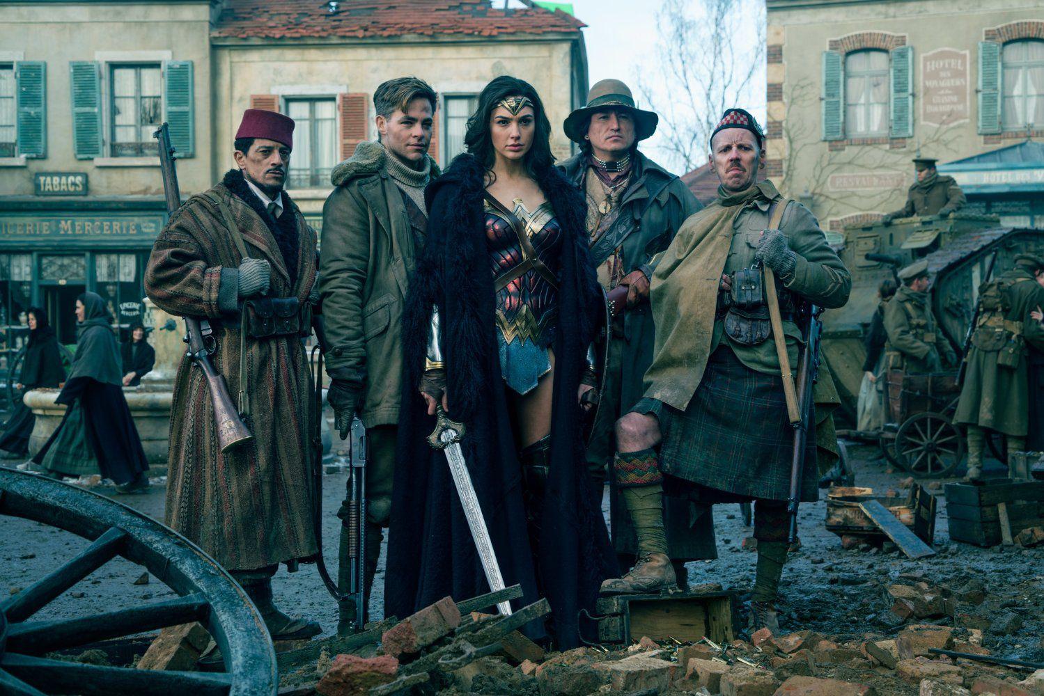 Top 10 phim khoa học viễn tưởng hay nhất Hollywood 2017 - Phim Mỹ (5)